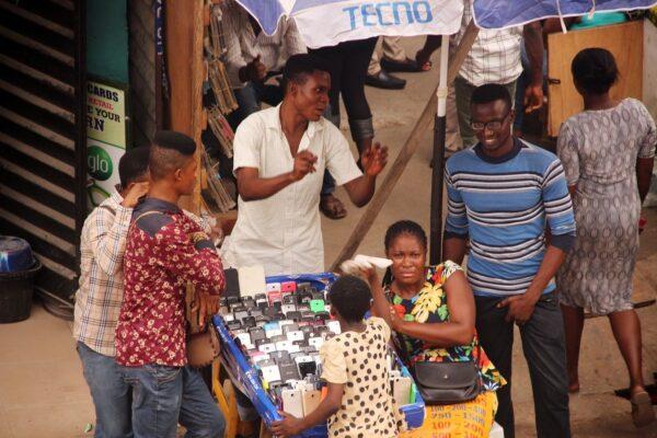 Imarasat, Avanti target small businesses in broadband deal
