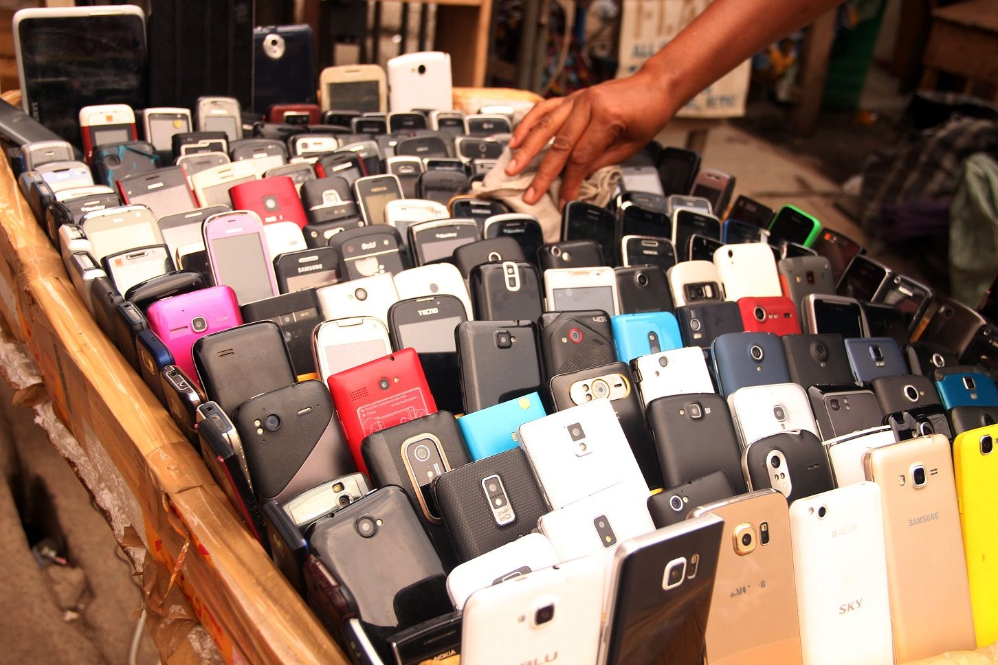 ITU to cut e-waste with new charger standard