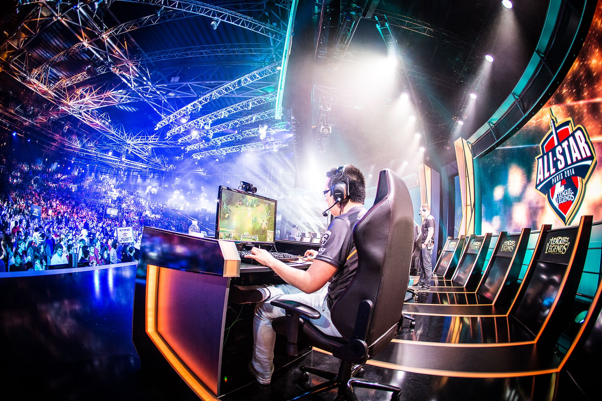 Yahoo: Video game fans targetted in eSports foray