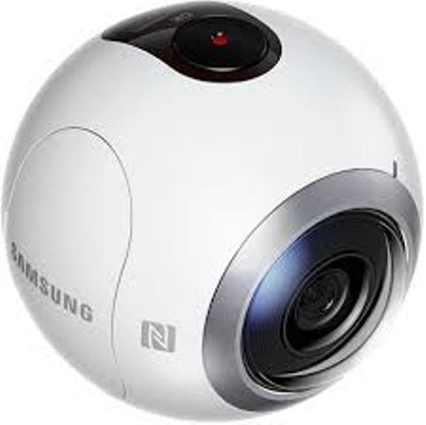 Reviewed: The awesome Samsung Gear 360 all-angle digital camera