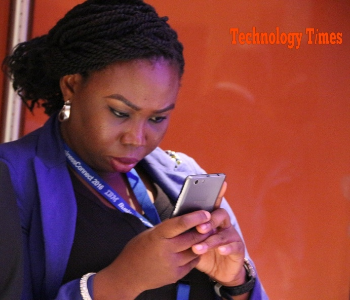 Nigeria issues 'final warning' on spam SMS