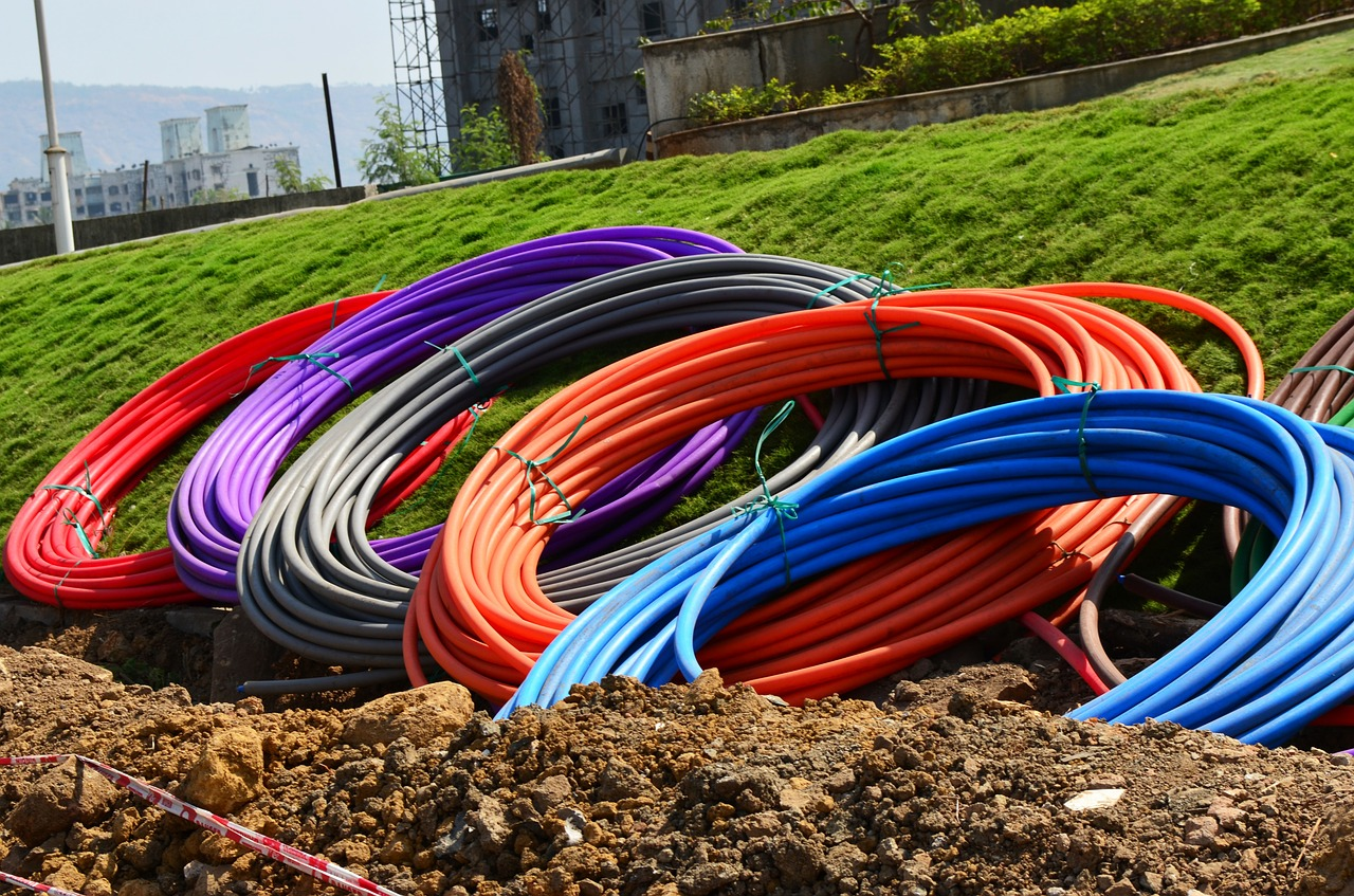 Land fibre limitation slows Internet growth in Africa, forum says