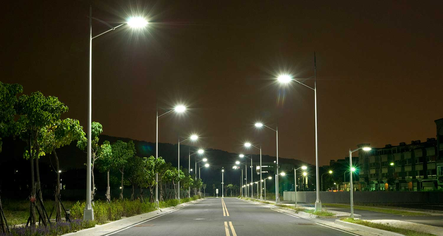 Lagos, LED seal $7m deal to power 10,000 street lights | Technology ... for led street light at night  165jwn